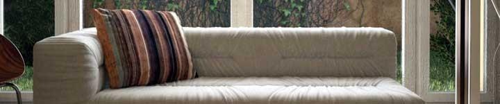 Mobilier d'intérieur design en teck pour votre maison
